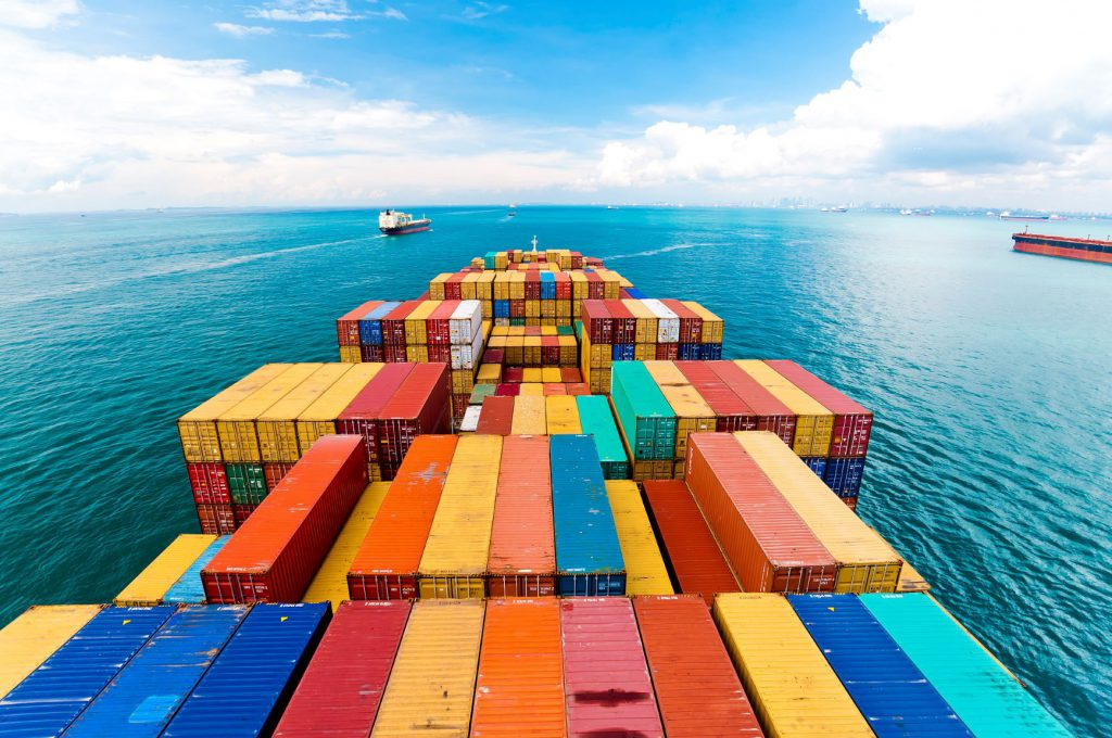 Container Shipping Operators Facing New Challenges in Face of Unstable Economy